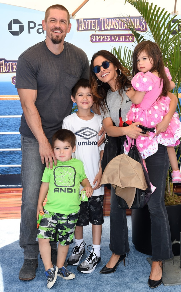 """Steve Howey (Kevin """"Kev"""" Ball) -  The actor and wife  Sarah Shahi  have been married since 2009 and are parents to eldest son  William Wolf  and a younger twin son and daughter,  Violet Moon  and  Knox Blue ."""