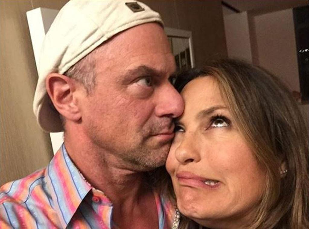 Episode and stabler kiss olivia benson elliot Hookup of