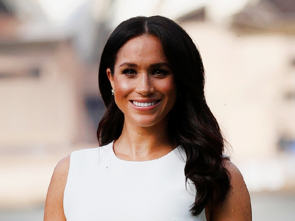 How Meghan Markle Honored Princess Diana With Her Post-Pregnancy Announcement Ensemble