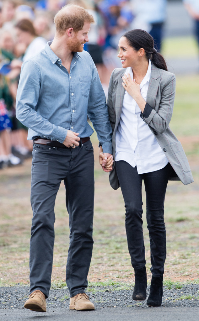 meghan markle and prince harry s cutest pda moments on the royal tour e online cutest pda moments on the royal tour