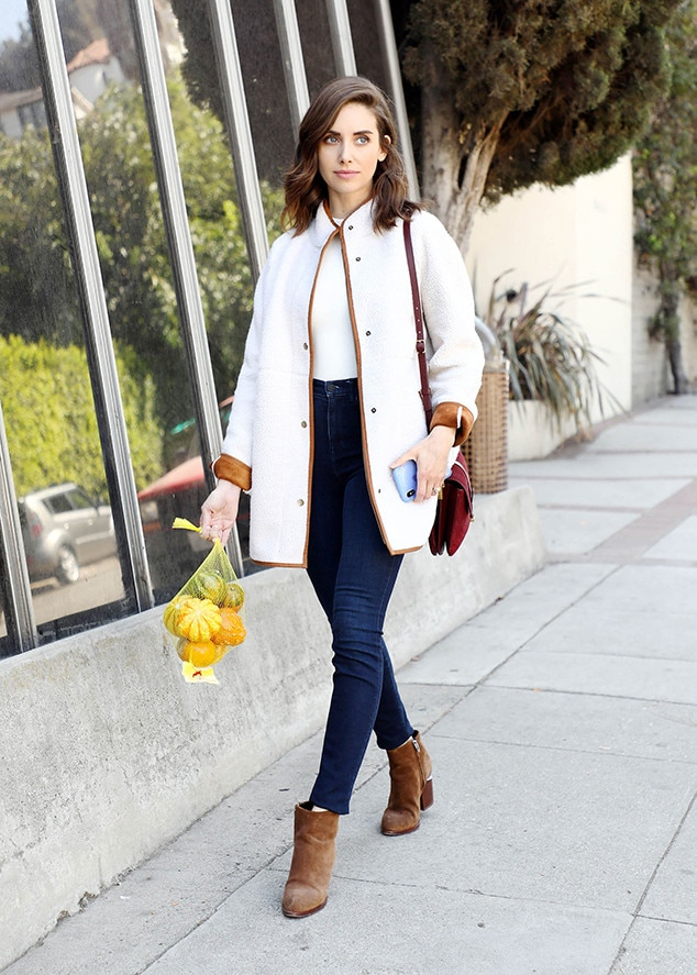 Alison Brie -  The  GLOW  star looks ready for fall in her Old Navy Sherpa coat while picking up some pumpkins in L.A.