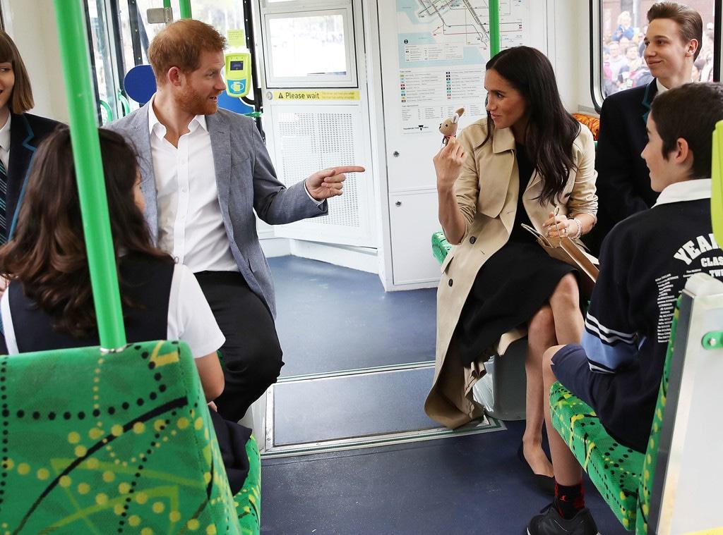 Prince Harry, Meghan Markle, Tram