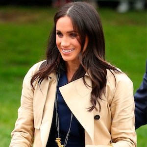 Meghan Markle, Necklace