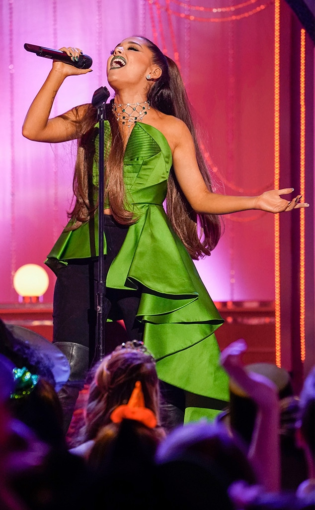Ariana Grande, A Very Wicked Halloween