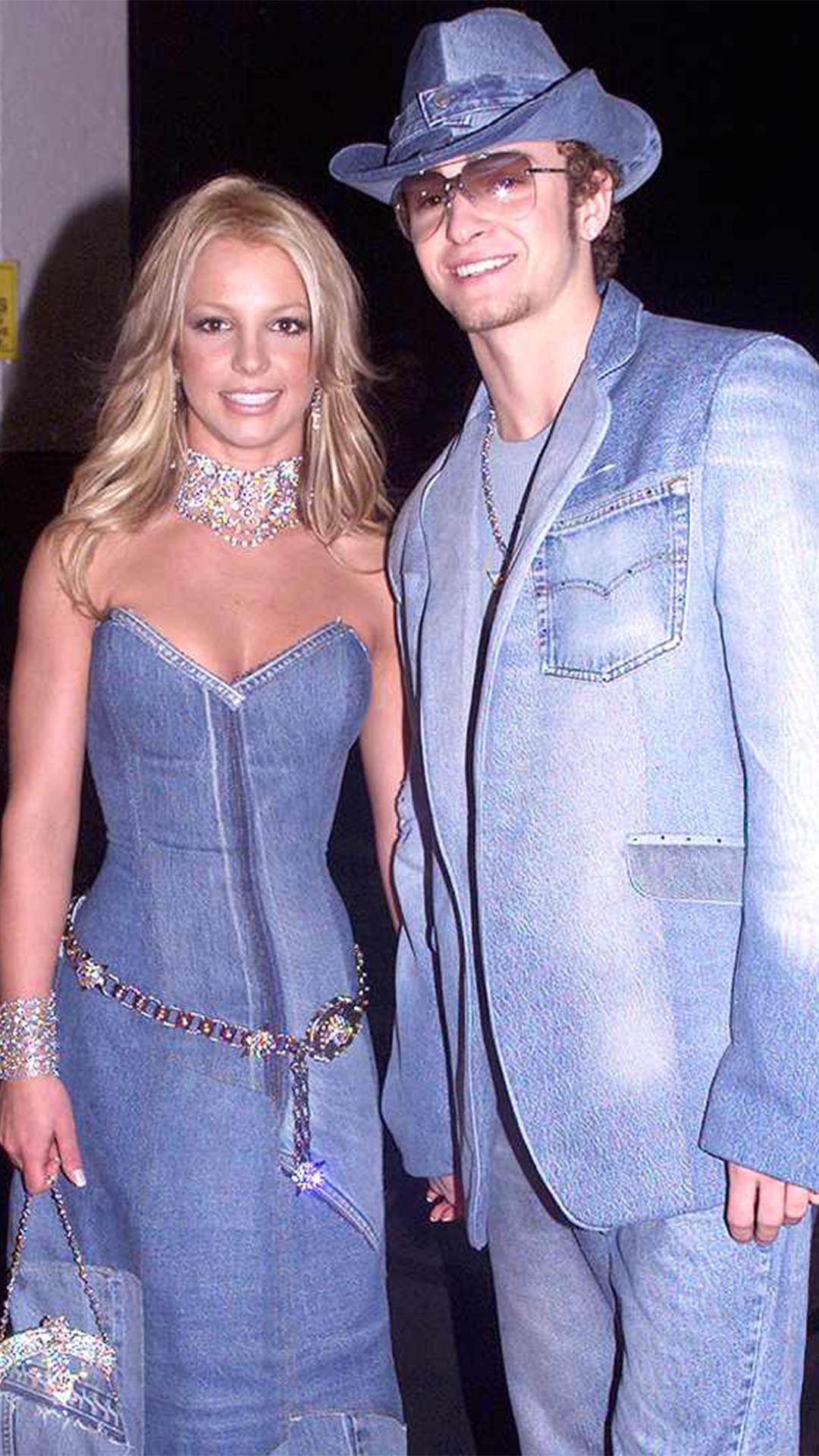 Britney Spears, Justin Timberlake, 2001 American Music Awards