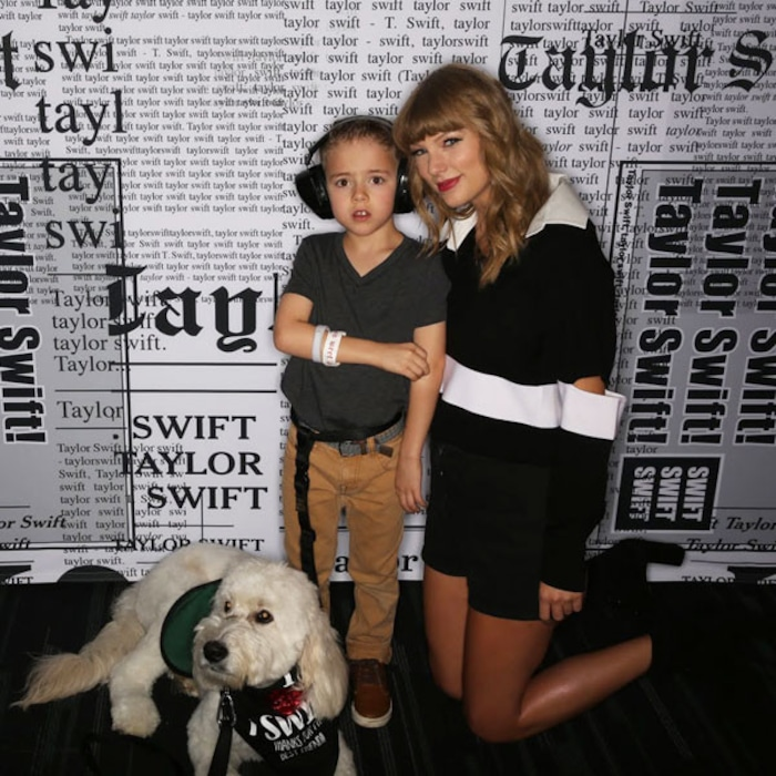 Taylor Swift Meets Boy With Autism Who She Helped Get A Service Dog E Online