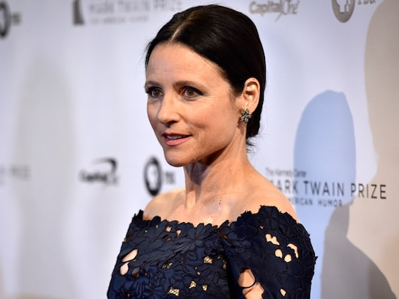 Julia Louis-Dreyfus Receives the Mark Twain Prize for American Humor—and Gets Roasted by Tina Fey, Jerry Seinfeld and More Stars