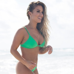 Jessie James Decker, Bikini