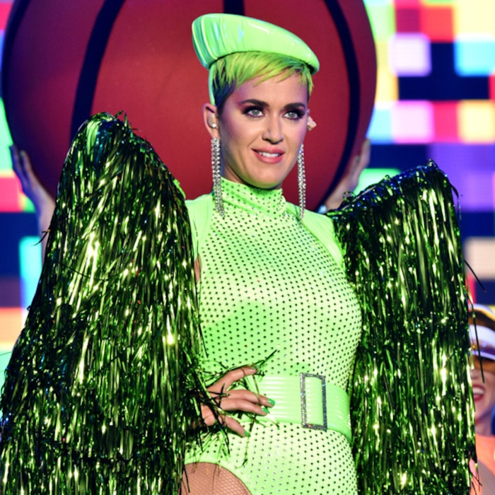 """Katy Perry >> single """"Never Really Over"""" [II] - Página 3 Rs_600x600-181023141335-600.katy-perry-concert-costumes-2.ct.102318"""