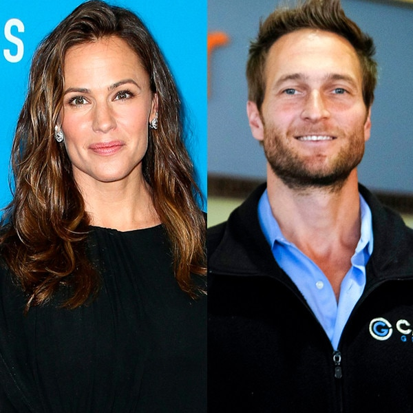 The Truth About Jennifer Garner's Post-Divorce Dating Life thumbnail