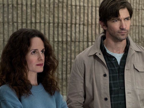 <i>The Haunting of Hill House</i> Renewed For Season 2 With New Story and Title