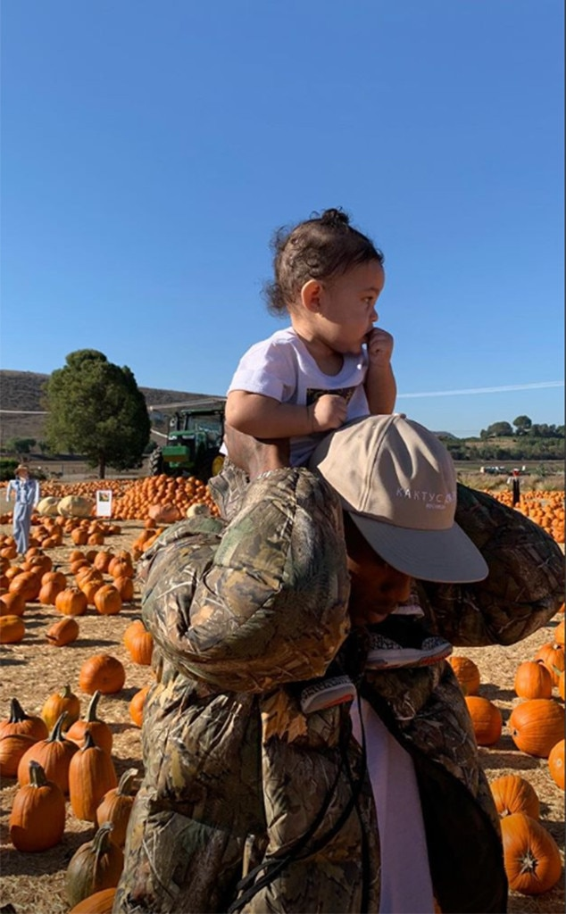 Kylie Jenner, Travis Scott, Baby, Stormi Webster, Pumpkin Patch, Underwood Family Farms