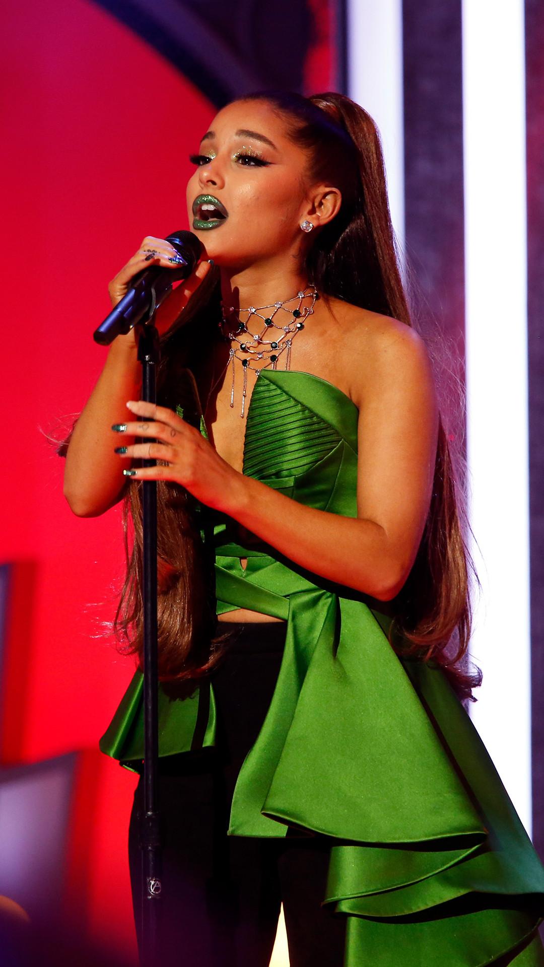 Wicked, Idina Menzel, Kristin Chenoweth, Ariana Grande