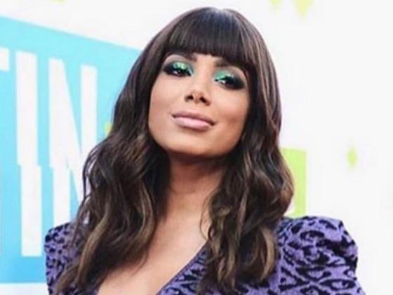 Anitta anuncia lançamento de álbum visual trilíngue, Kisses