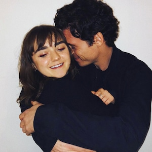 Maisie Williams, Richard Madden