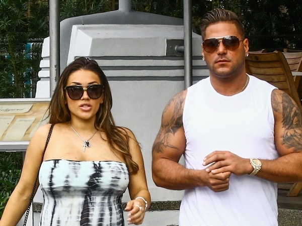 "How Ronnie Ortiz-Magro Is ""Committed to a Healthy Lifestyle"" With Jen Harley"