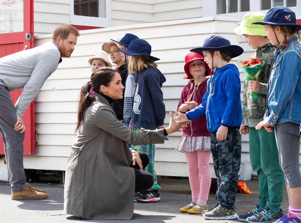 Prince Harry </p> <p><strong>  Prince Harry </strong> and <strong> Meghan Markle </strong> visits The Famous Maranui Café in Wellington, New Zealand on Monday and had a tasty treat for a group of young well-wishers waiting for them outside. </p> <p>  After her visit, Meghan asked employees to bring out trays of cakes for a group of 1<div class=