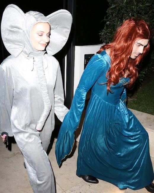 ESC: Joe Jonas, Sophie Turner