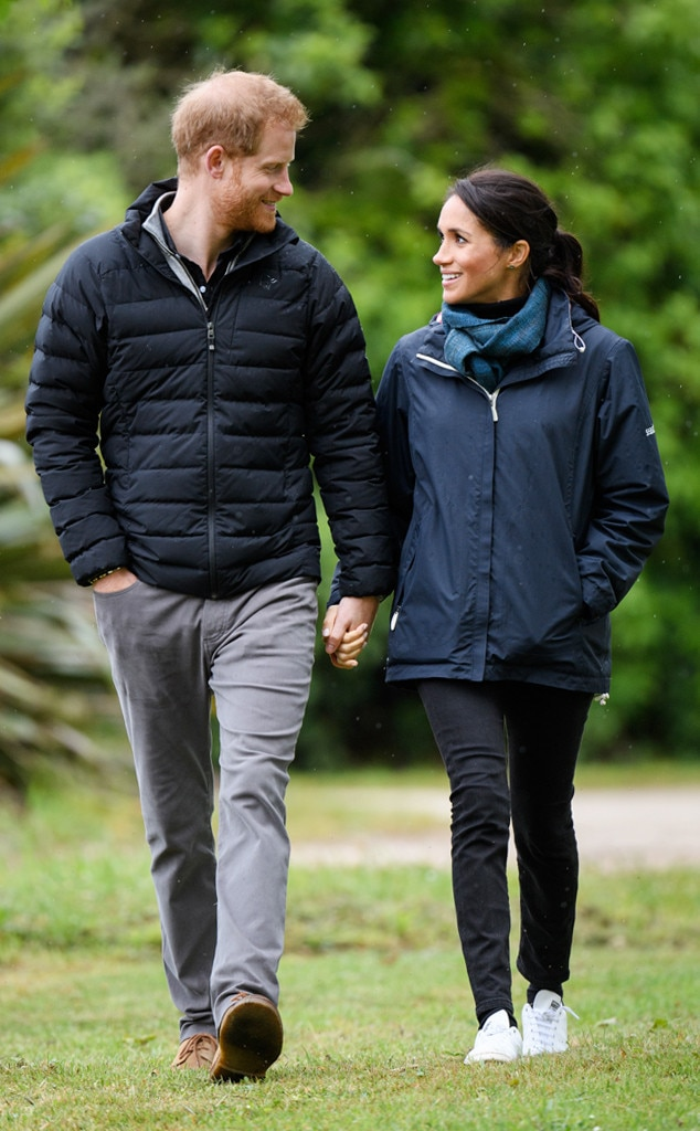 ESC: Meghan Markle, Duchess of Sussex, Jeans Sneakers