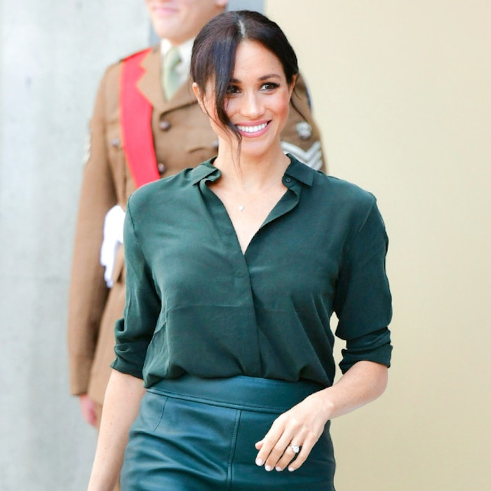 afdb2b9473 Meghan Markle's Leather Skirt and $100 Top Are the Fall Staples Every Boss  Needs | E! News