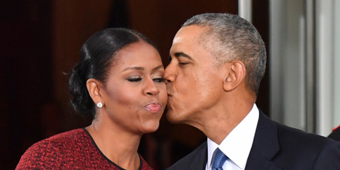 Barack and Michelle Obama Mourn the Loss of Their Beloved Family Dog Bo - E! Online.jpg