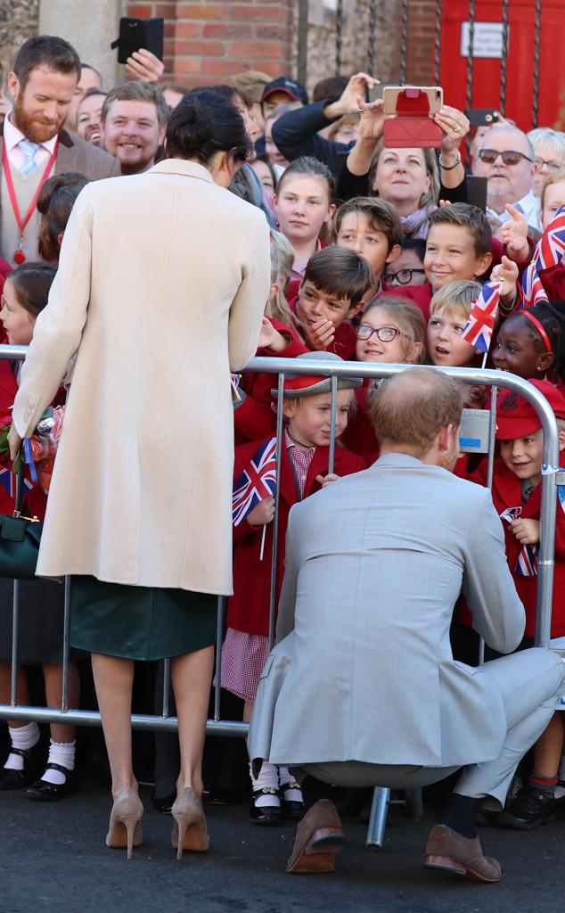 Meghan Markle, Prince Harry, Sussex Visit, Crowd, Children
