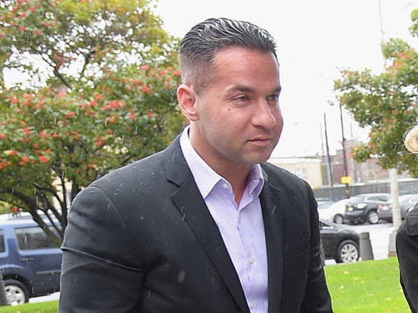 Watch Mike ''The Situation'' Sorrentino's ''Final Moments'' Before Prison