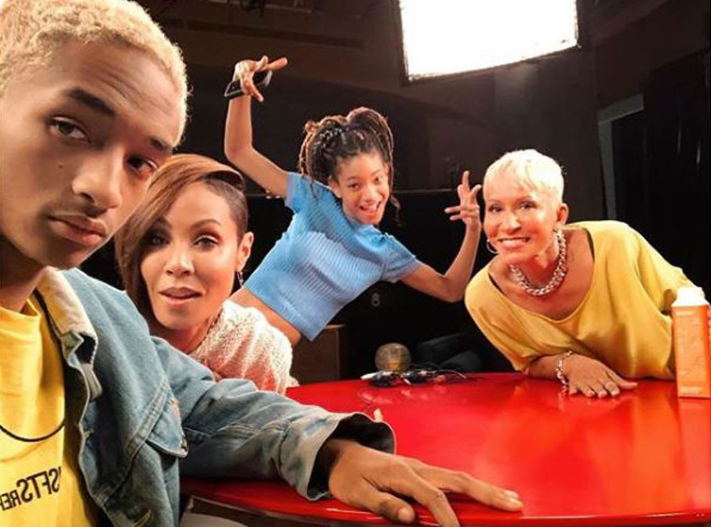 Red Table Talk, Jada Pinkett Smith, Willow Smith, Adrienne Banfield Norris, Jaden Smith