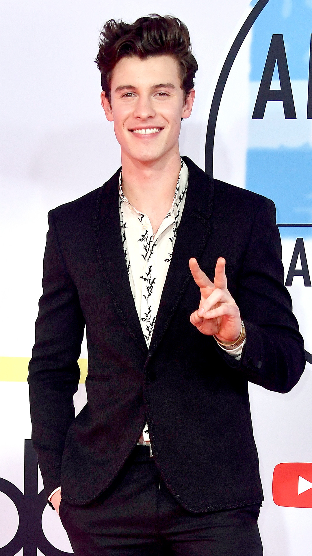 Shawn Mendes, 2018 American Music Awards, 2018 AMA's