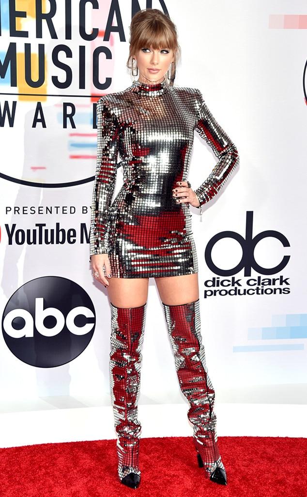 Taylor Swift, 2018 American Music Awards, 2018 AMAs