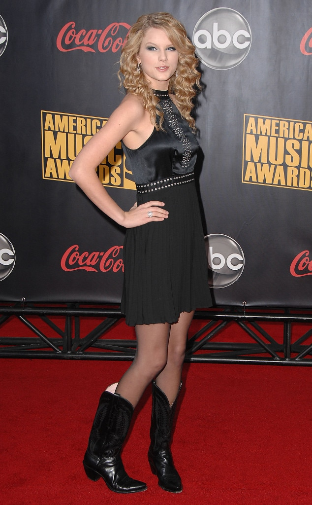 Taylor Swift, 2007 American Music Awards