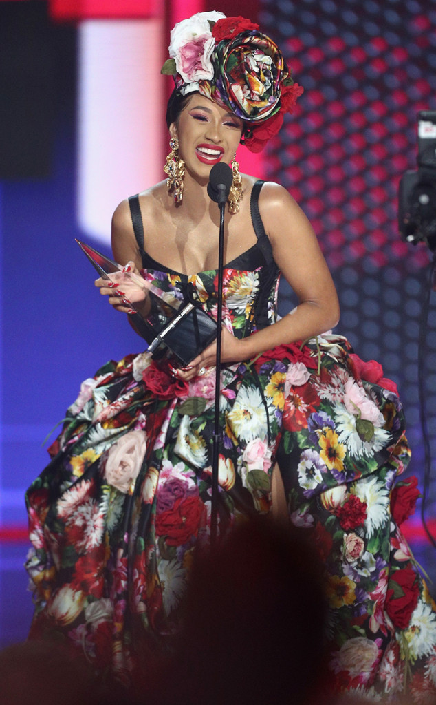 Cardi B, 2018 American Music Awards, 2018 AMA's, Winner