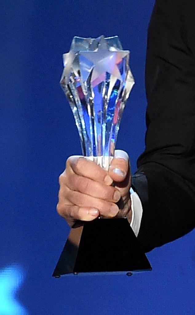Critics Choice Awards, trophy