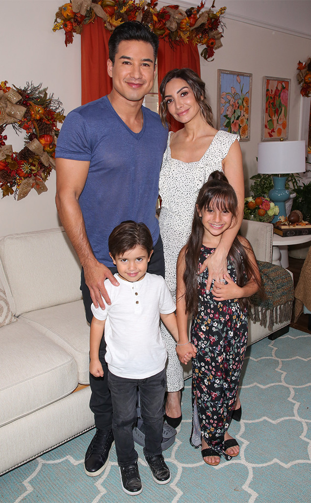 Mario Lopez, Courtney Lopez, Dominic, Gia