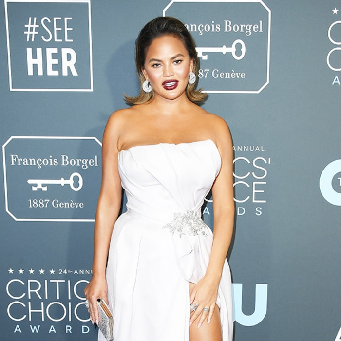 Hungover Chrissy Teigen Had A Really Rough Time Getting To The 2019