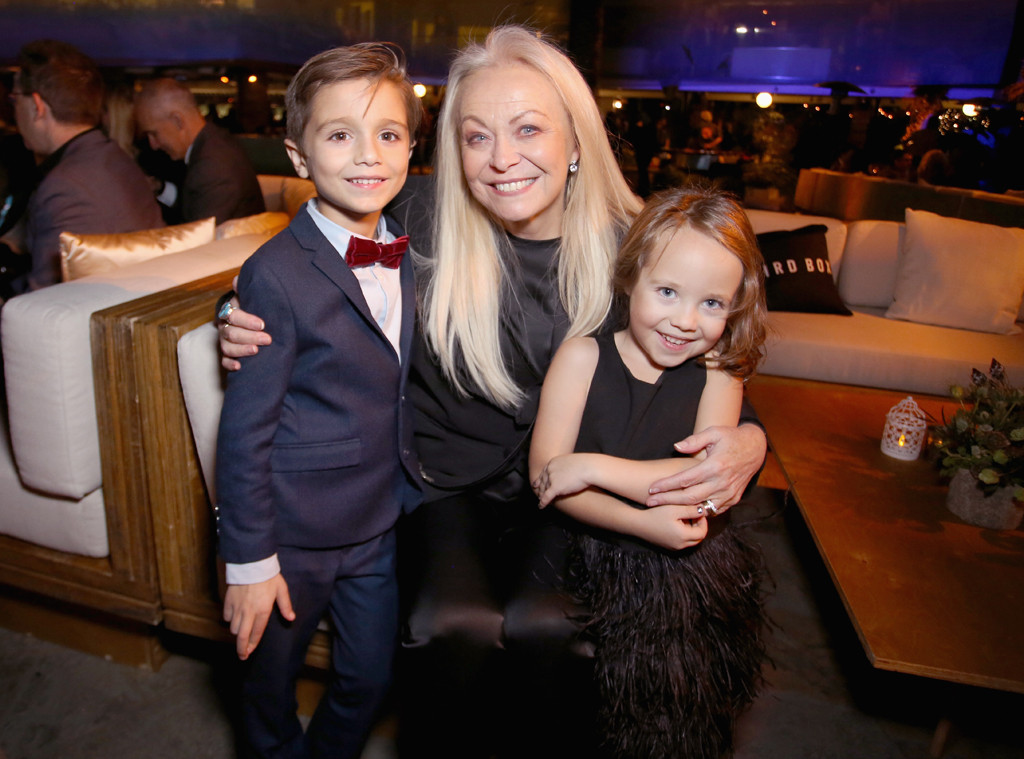 Jacki Weaver, Julien Edwards, Vivien Lyra Blair, Bird Box
