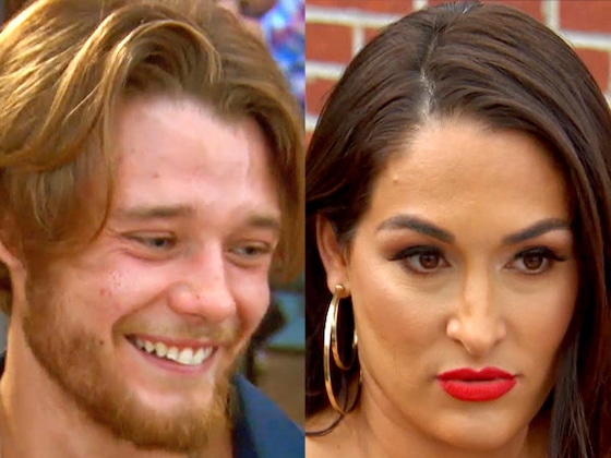 """So Awkward! See an """"Extremely Uncomfortable"""" Nikki Bella Get Blindsided by a Blind Date"""