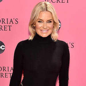 Yolanda Hadid, 2018 Victorias Secret Fashion Show, Arrivals