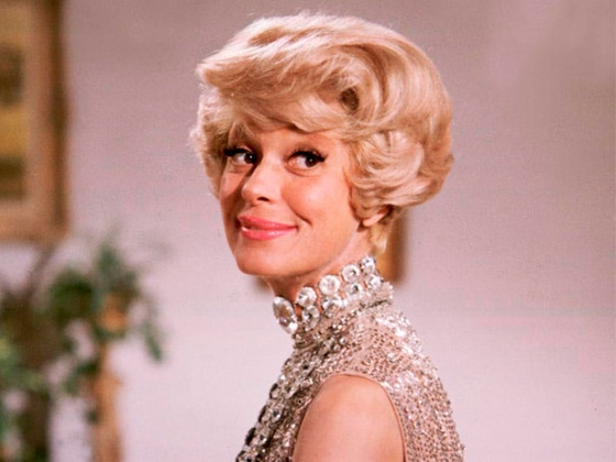 Carol Channing, Beloved Star of Broadway's <i>Hello, Dolly!</i>, Dead at 97
