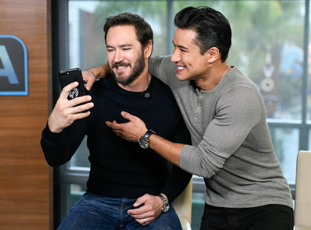 Mark-Paul Gosselaar & Mario Lopez -  Zack and A.C. reunited! The  Saved By the Bell  actors catch up during a visit to  Extra  at Universal Studios Hollywood.