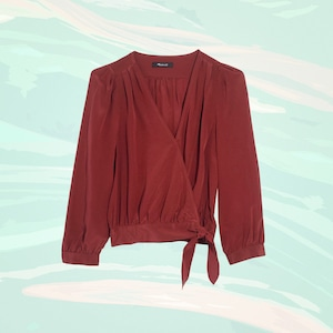 E-comm: Wrap Tops That Show Off Your Figure