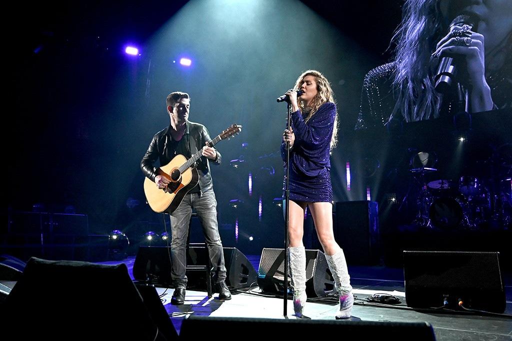 Miley Cyrus, Chris Cornell Tribute Concert
