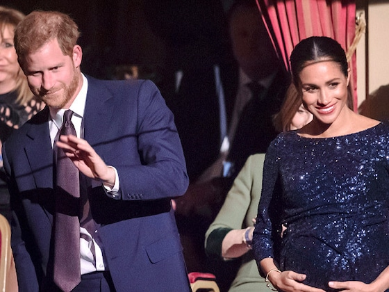 You Have to See Prince Harry and Meghan Markle's Sneaky PDA During Date Night
