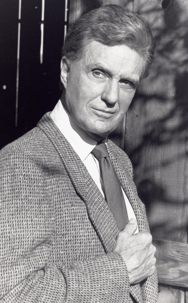 Robert Stack, Unsolved Mysteries