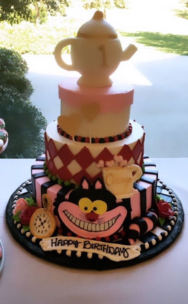A very important date -  Chicago and her guests enjoyed an  Alice in Wonderland  cake, which was made by Hansen's Cakes.