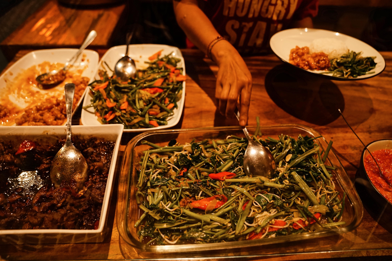 Warung Kecil Sanur, The Sweet Life With Liz & Maria