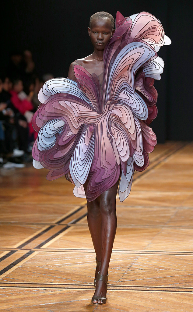 Each Look You Must See From Vogue Week Fall 2019 The Today Press