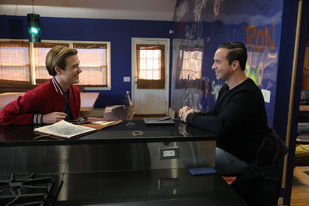 """Hollywood Medium With Tyler Henry, Mike """"The Situation"""" Sorrentino"""