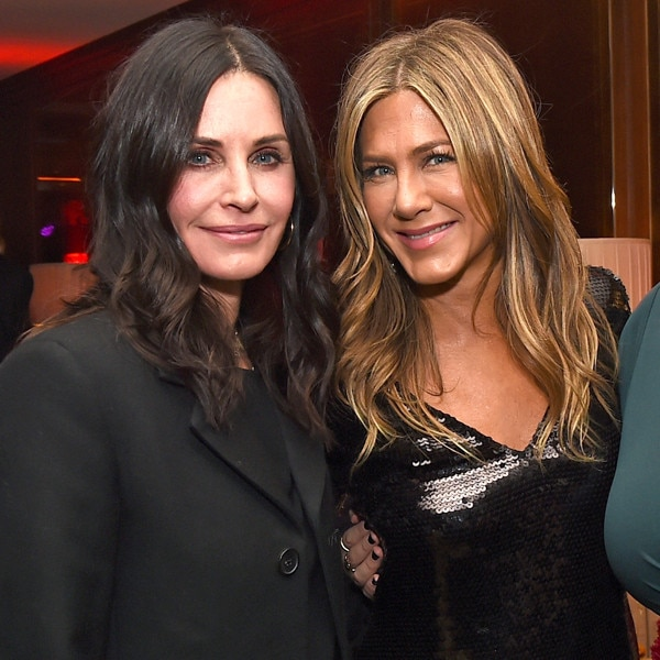 Courteney Cox Gets Surprise Mini 'Friends' Reunion on 'Ellen'!
