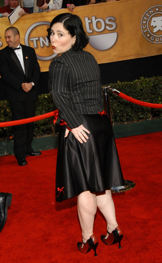 Online Carpets Uk >> Alex Borstein from Then and Now: See the SAG Nominees' First Red Carpets | E! News